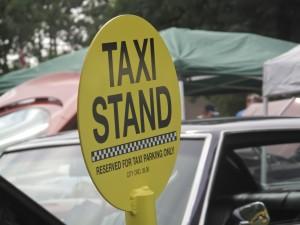 mom taxi art
